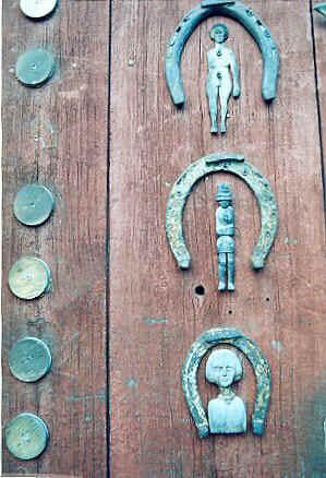 Carmens door