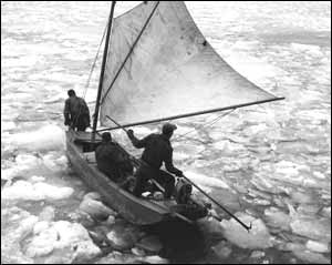 Grindsdtone mail boat